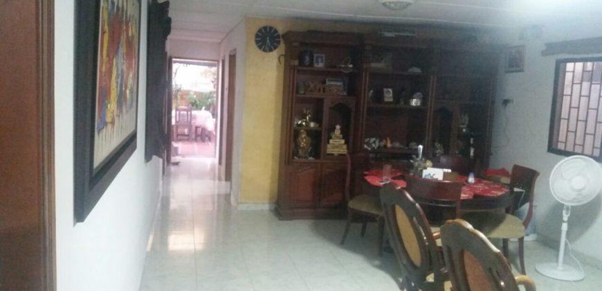 En venta casa en el barrio La Victoria.