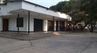 Casa comercial en barrio Ciudad Jardín