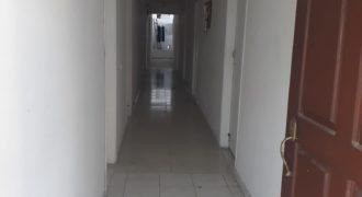 Casa comercial en el barrio Olaya