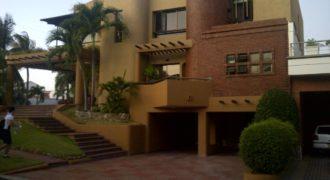 Casa en conjunto en el barrio Villa Campestre