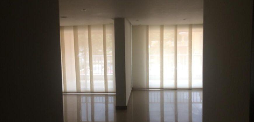 Apartamento en el barrio Altos De Riomar