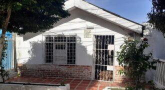 Casa con apartaestudio incluido en el barrio San Felipe